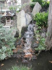 写真:清水窪湧水の様子